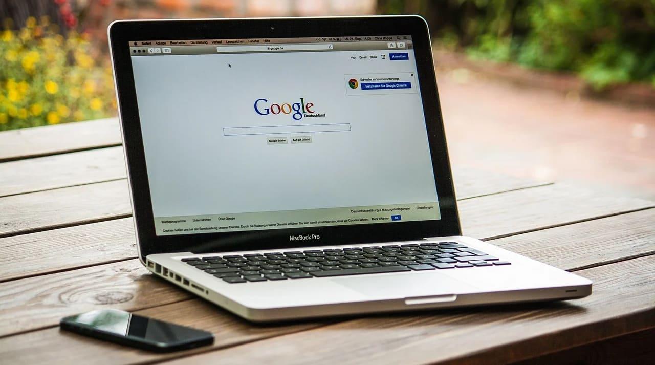 Cara-Screenshot-MacBook